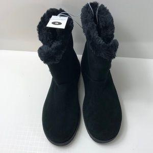 Universal Thread genuine suede boots sz9 NWT